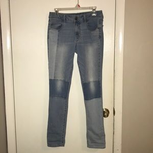 Size 8 American Eagle Patch Jeans